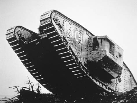 british-mark-iv-tank-of-wwi-first-used-in-august-1917-and-served-in-the-battles-of-messines_a-g-12145744-4990879